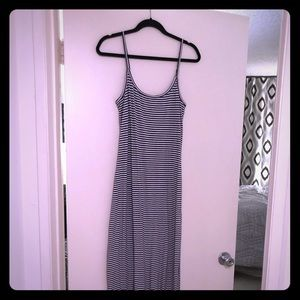 Splendid navy striped maxi dress